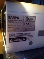 Мощный профессиональный проектор Sanyo PLC-XP100L